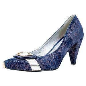 1980's Vintage Iridescent Velvet Heels in blue